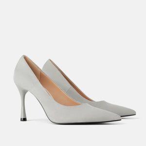 Zara Round Heel Pumps